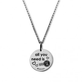 Colgante con cadena plata mensaje All you need is love
